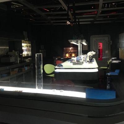 Le laboratoire de recherche biomédicale dans la série Helix de Syfy (©Syfy)