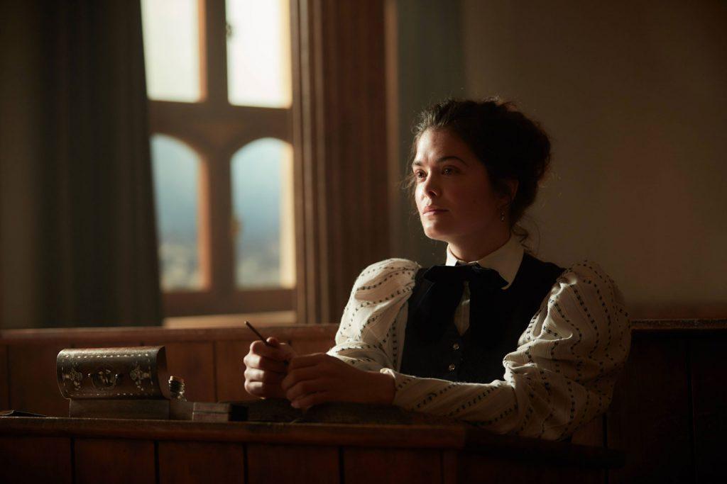 Mileva Marić attendant le début du cours